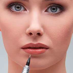 services-lip-liner-and-full-lip-color